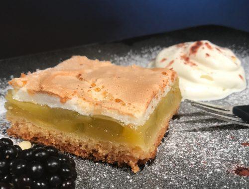 Rhabarberschnitte mit Baiserhaube - Kathis Rezepte (1)